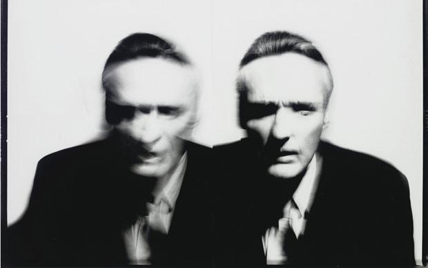 Retrato do ator Dennis Hopper, fotografado por Victor Skrebenski, que será vendido em lote de obras de sua coleção particular em leilão da Christie's marcado para 11 e 12 de janeiro.