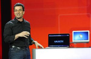 Vice-presidente mostrou novos formatos de máquinas que rodam Windows, com destaque para tablets.