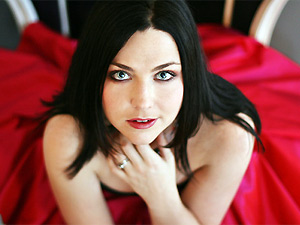 Amy Lee, vocalista da banda Evanescence