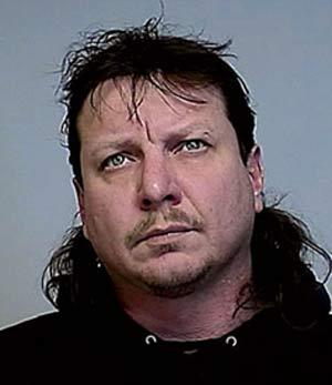 Terry Allen Lester foi acusado de transformar brinquedo sexual em bomba.