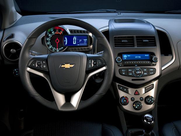 Chevrolet Sonic interior do Hatch