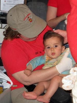 Bebê salvo de escombros em Nova Friburgo