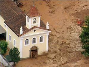 Imagem feita nesta manhã mostra a lama na cidade de Friburgo