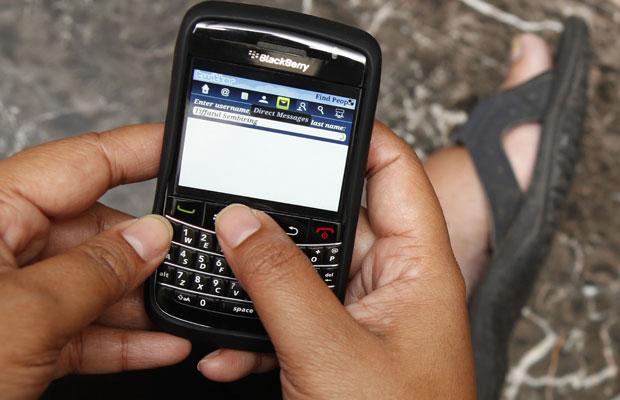 Acesso à internet por banda larga no país cresce 71% em 2010 01zcelular_prontoo