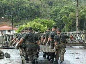 Ponte que será utilizada nas cidades afetadas pela chuva no Rio