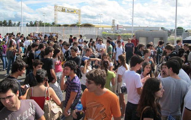 Candidatos na saída do vestibular da Unicamp, no campus da Unip em Campinas (Foto: Vanessa Fajardo/G1)