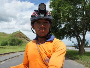 Ciclista pedala 8 meses 04