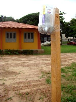 Pluviômetro artesanal é usado para evitar tragédias em encostas de São Luís