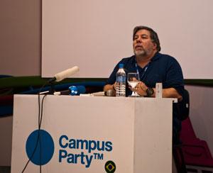 Steve Wozniak hoje não tem mais nenhuma ligação formal com a Apple
