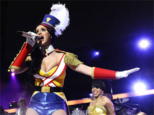 A cantora Katy Perry, que se apresenta pela primeira vez no país