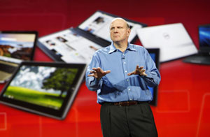 Steve Ballmer, presidente da Microsoft, falando sobre tablets na CES 2011 (Foto: Rick Wilking/Reuters)