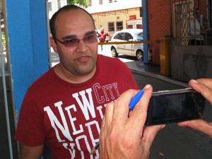 O médico Fabrício Figueiredo foi o primeiro a socorrer o bebê, ainda na rua.