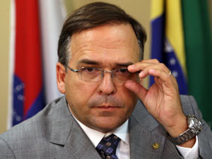 O deputado Sandro Mabel, ao lançar a candidatura à presidência da Câmara, em 25 de janeiro