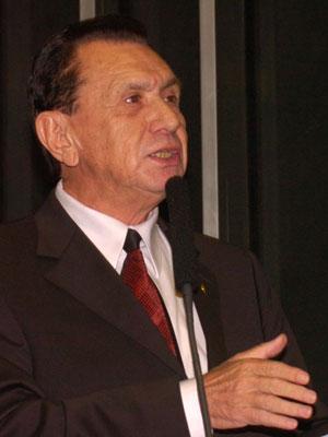Carlos Bezerra (PMDB-MT)