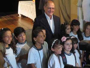 Alckim participa de evento em escola em SP