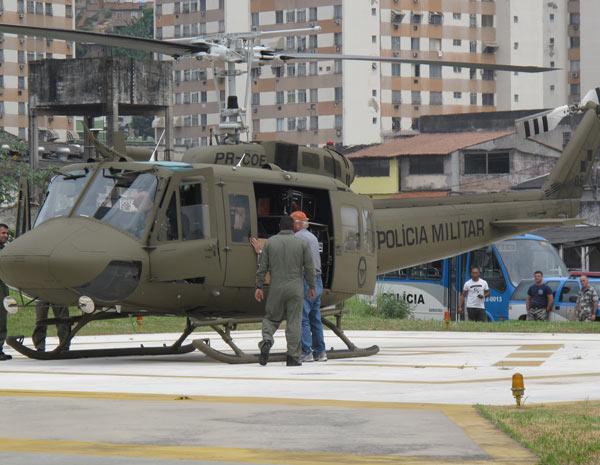 Vindo dos EUA, 'caveirão do ar' aguarda liberação da Anac para voar. Caveira2