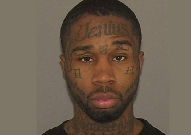 Jerome Smith tatuou palavra com erro de grafia na testa. (Foto: Reprodução)