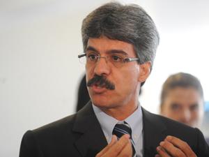 O ministro das Relações Institucionais, Luiz Sérgio. (Foto: Wilson Dias /ABr)