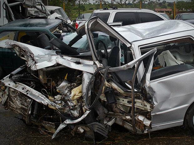 Acidente deixou um morto e dez feridos em Sergipe, segundo a PRF (Foto: Divulgação/PRF-SE)