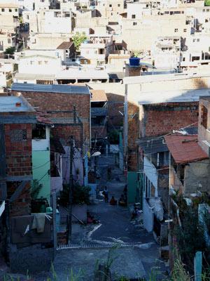 Bairro Nordeste de Amaralina, em Salvador, tem alto índice de tráfico de drogas (Foto: Glauco Araújo/G1)