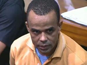 Luiz Fernando da Costa, o Fernandinho Beira-Mar, foi levado para Mossoró (Foto: Reprodução/TV Globo)
