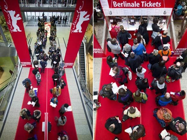 Público faz fila para comprar ingressos do Festival de Berlim (Foto: Johannes Eisele/AFP)