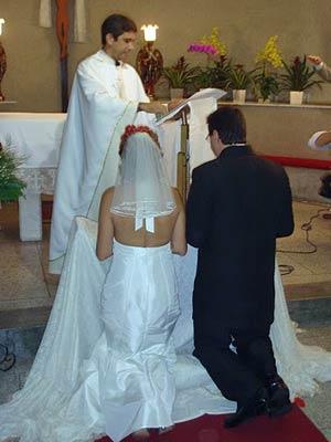 Padre Donizetti admite que 'devolveu atraso' e fez convidados esperar na igreja; noiva se atrasou no salão (Foto: Arquivo Pessoal/Divulgação)