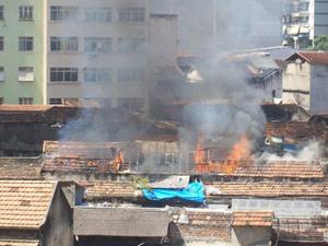 Incêndio na Lapa - Rio (Foto: Márcio do Nascimento / VC no G1)
