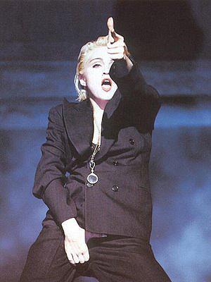 Madonna, no clipe de 'Express yourself' (Foto: Divulgação)