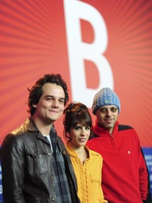 Wagner Moura, Maria Ribeiro e José Padilha (Foto: AFP)