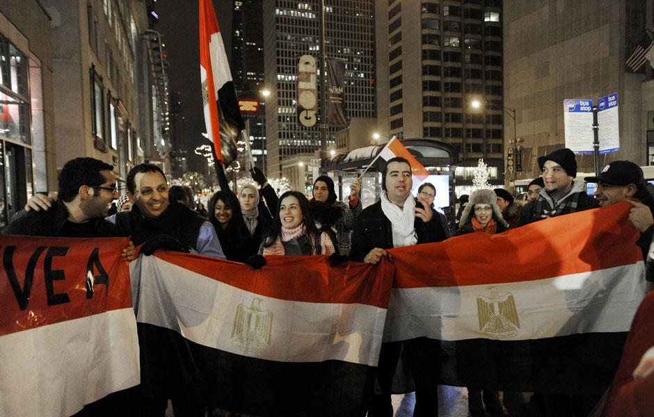 Veja a repercussão da renúncia de Hosni Mubarak pelo mundo (Paul Beaty / AP)