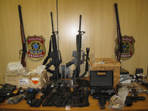 Apreensões armas PF (Foto: Carolina Lauriano)