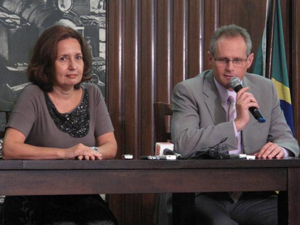 Delegada Marta Rocha e Beltrame (Foto: Aluizio Freire/G1)