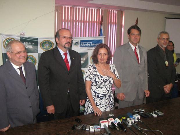 Martha Rocha apresenta parte de sua equipe (Foto: Aluizio Freire/G1)