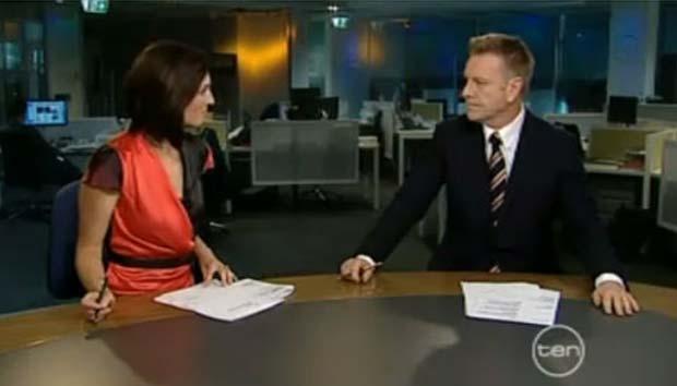Belinda Heggen insinuou que o repórter esportivo Mark Aiston tem o pênis pequeno. (Foto: Reprodução)