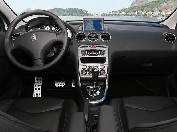 Interior do Peugeot 408 (Foto: Milene Rios/G1)