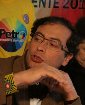 Gustavo Petro, político colombiano, @petrogustavo no Twitter (Foto: Divulgação)
