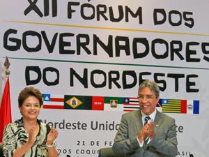 Presidenta Dilma Rousseff e o governador de Sergipe, Marcelo Déda, durante cerimônia de abertura do XII Fórum dos Governadores do Nordeste (Foto: Roberto Stuckert Filho/PR)