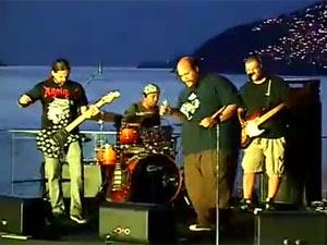 Ed Motta e Andreas Kisser em jam session para o Rock in Rio (Foto: G1)