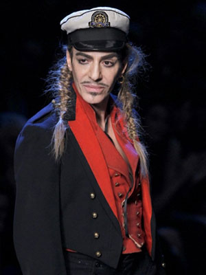 O estilista John Galliano (Foto: France Presse)