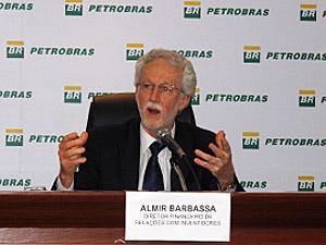 Almir Barbassa, diretor financeiro de relações com investidores, explicou os resultados da Petrobras em 2010. (Foto: Bernardo Tabak/G1)