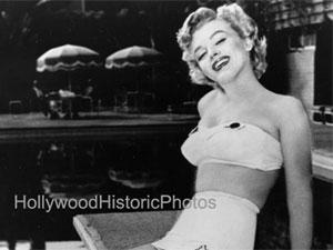 Ensaio fotográfico de Marilyn Monroe na piscina do Hotel Roosevelt (Foto: Divulgação/Hotel Roosevelt)