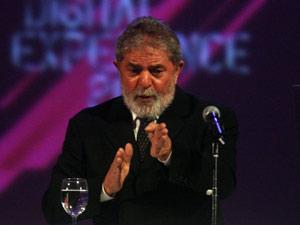 Lula em palestra para funcionários de empresa na noite desta quarta-feira (2) (Foto: JF Diorio/AE)