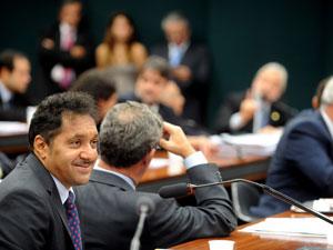 O deputado Tiririca participa de reunião da Comissão de Educação e Cultura da Câmara nesta quarta (2) (Foto: Wilson Dias/ABr)