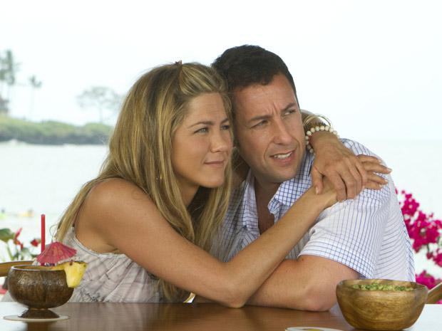 Jennifer Aniston e Adam Sandler em cena de 'Esposa de mentirinha' (Foto: Divulgação/Divulgação)