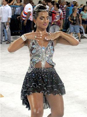 Bruna Bruno é a rainha de bateria da União da Ilha (Foto: Rodrigo Vianna/G1)