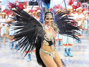 Rainha da Dragões encantou Anhembi (Foto: Paulo Toledo Piza/G1)