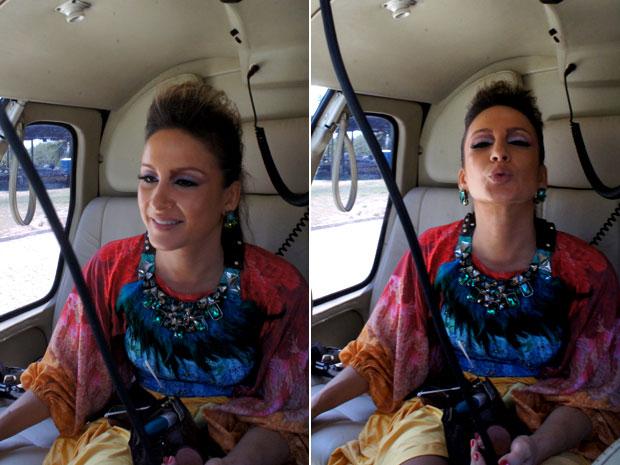 Claudia Leitte brinca durante voo até o circuito Campo Grande (Foto: Glauco Araújo/G1)