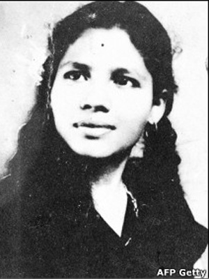 A Suprema Corte da Índia negou um pedido para pôr fim à vida de Aruna Shanbaug, uma enfermeira que está em estado vegetativo há mais de 35 anos.