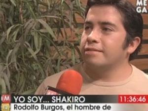 Rodolfo 'El Shakiro' Burgos se apresenta no programa 'Yo soy' (Foto: Reprodução)